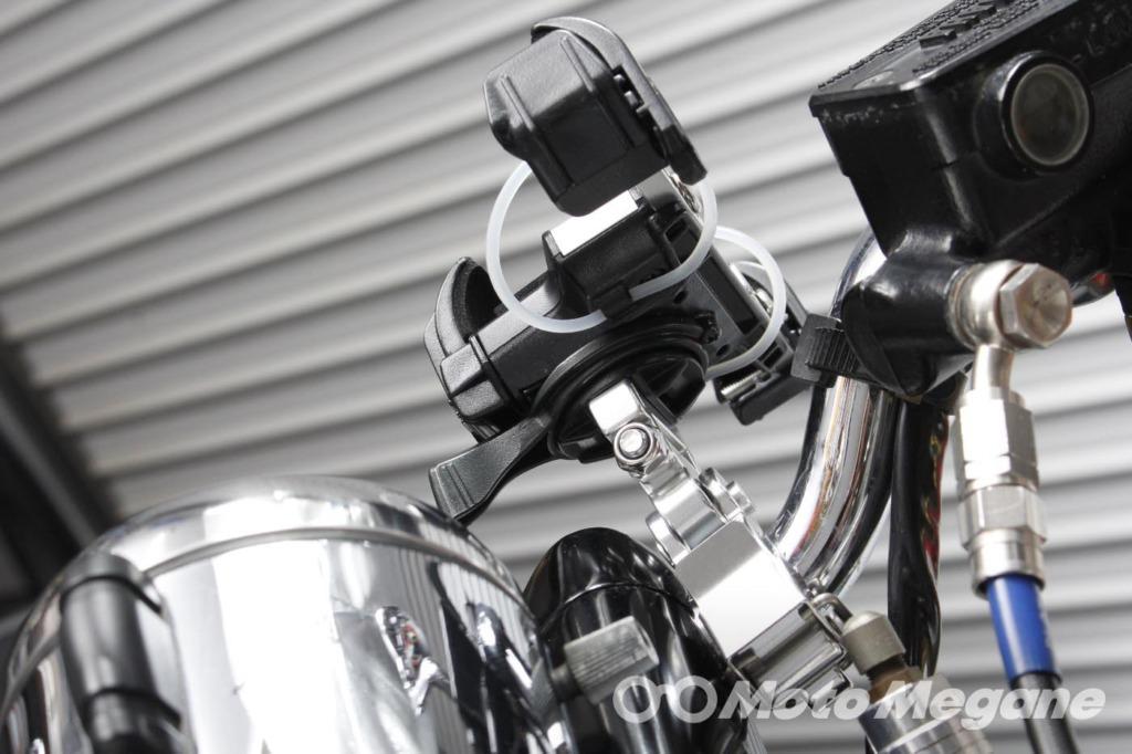 DAYTONAバイク用スマートフォンホルダー3クイックタイプの写真
