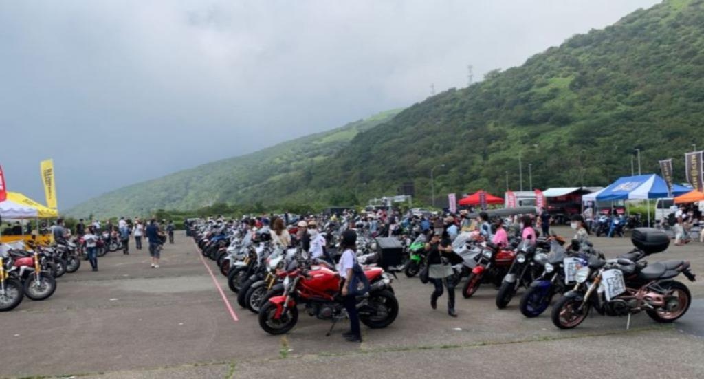 バイク女子部学園ミーティング風景