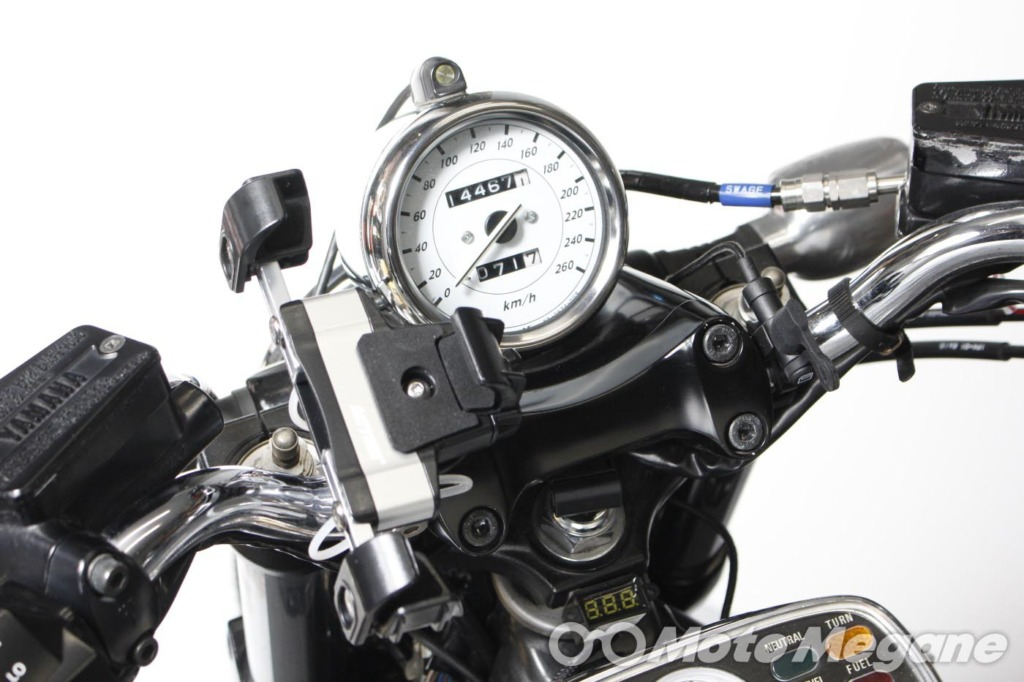 DAYTONA バイク専用電源 Lightning