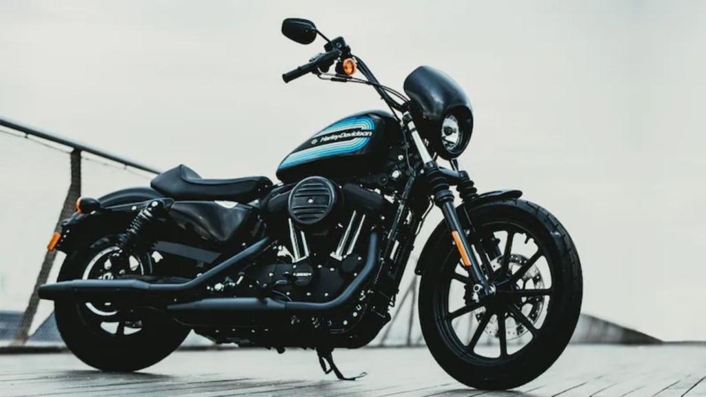 ハーレーダビッドソン 2019年モデル「アイアン1200」 ビビッドブラック