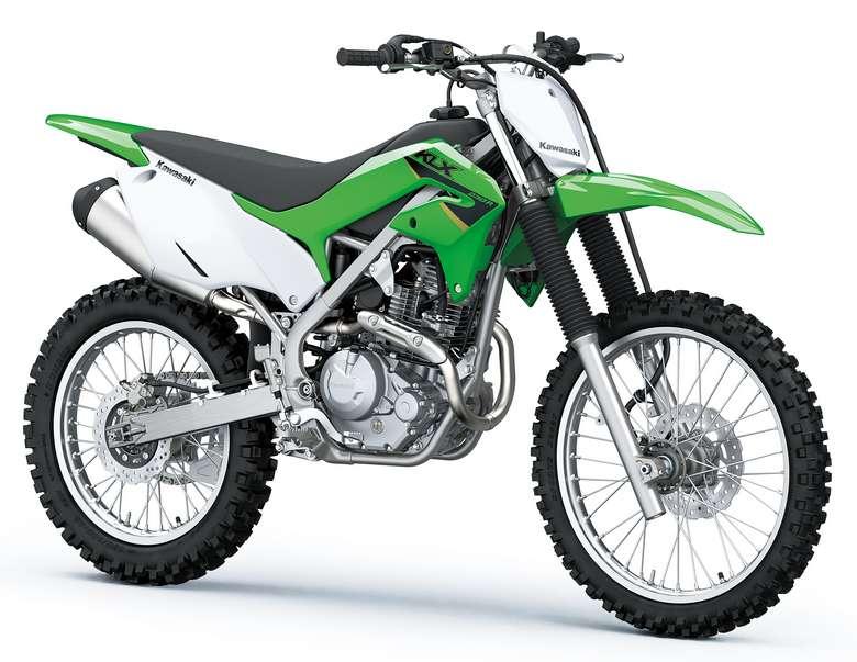 2022年モデル:KLX230R※画像は実際のモデルと仕様が異なる場合があります。